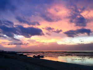 nusa-lembongan-yoga-teacher-training-sunset