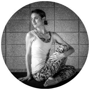 santosha yoga teachers training graduate melissa yoga pose